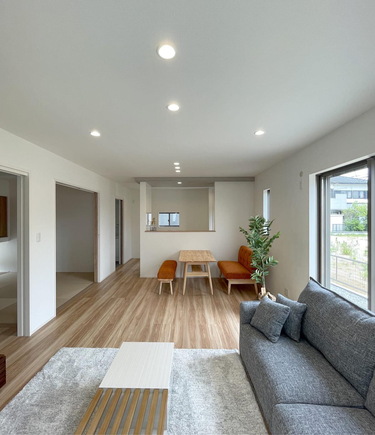 建具と床はオリジナル仕様